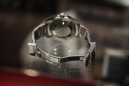 GMTマスター2 裏側