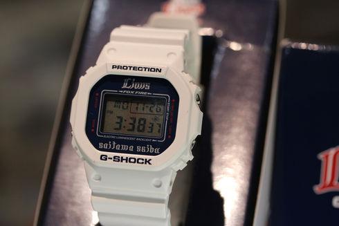 埼玉西武ライオンズ×G-SHOCK コラボレーションモデル【DW-5600NS】