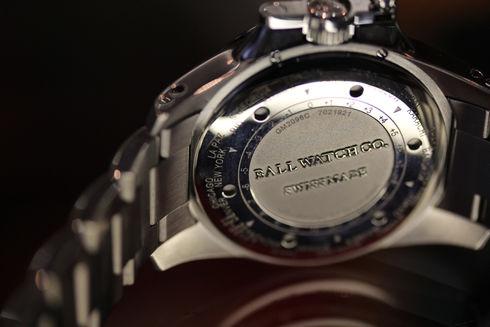 ボール エンジニア ハイドロカーボン GMT クロノメーター【GM2098C-SCAJ-BK】