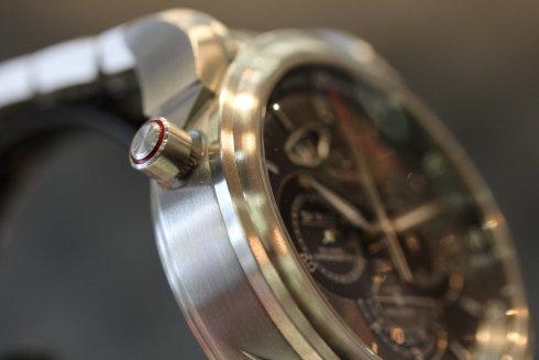 型番 422-10-44-51-06-001  ラトラパンテ オメガの買取