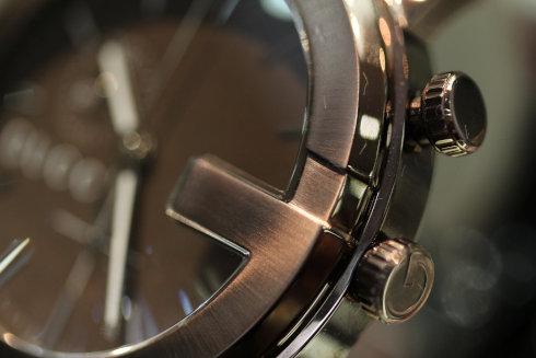 GUCCI 腕時計 101M ブラウン PVD クロノグラフ YA101341 メンズ 【並行輸入品】