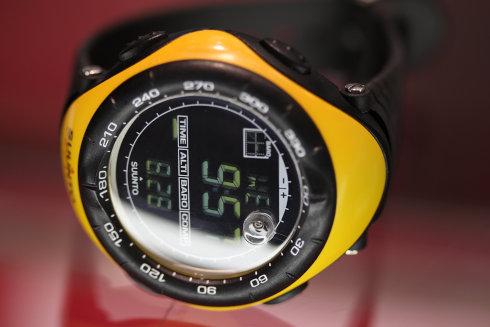 SUUNTO スント 腕時計 【中古品】SS010600610