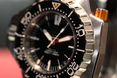 「シーマスター プロプロフ 1200M」/2009年、オメガは、ダイバー