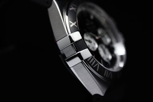 Double Eagle Co-Axial Chronograph ケースサイドの画像
