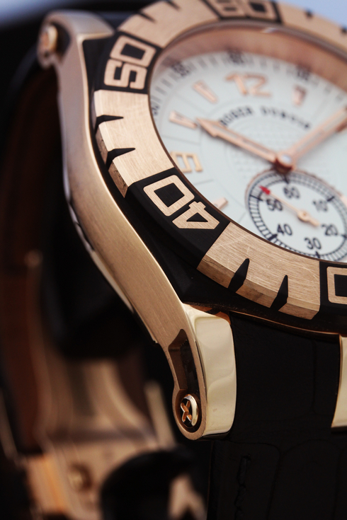 ROGER DUBUIS Easy Diver SED46-14-51-00 05A10A (3).jpg