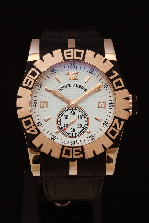 ROGER DUBUIS Easy Diver SED46-14-51-00 05A10A (2).jpg