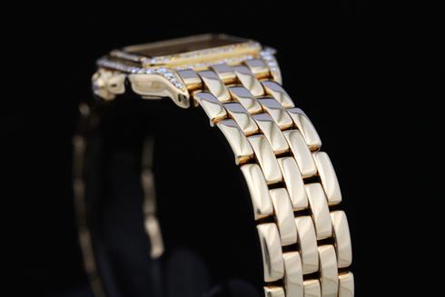 【Cartier】Panther 18k Yellow Gold & Diamond Case & Bezel Ladies Watch