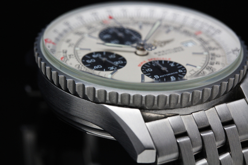 BREITLING Navitimer Fighter Automatic Chronograph A13330 (4).jpg
