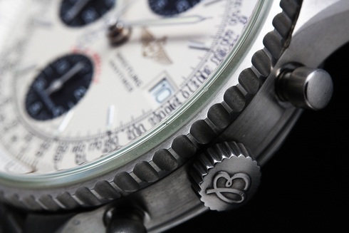 BREITLING Navitimer Fighter Automatic Chronograph A13330 (3).jpg