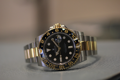 Review: The Rolex GMT Master II 116713 LN
