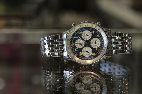 BREITLING Navitimer 1461 Limited Edition  A382C18LBA