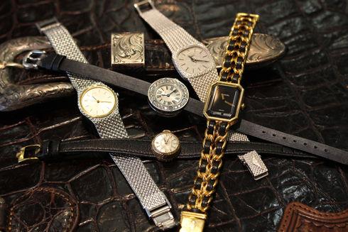 京都屋質店では、レディース時計も積極的に買取りを行なっております。