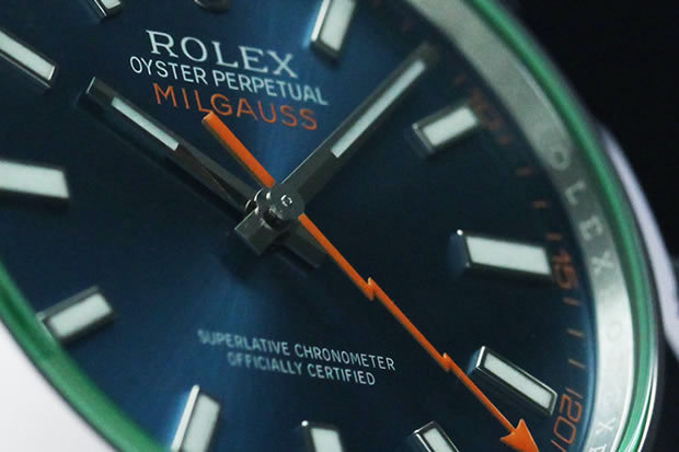 ブルーダイヤルの組み合わせは、ロレックス集大成のモデルと言っても過言ではない。