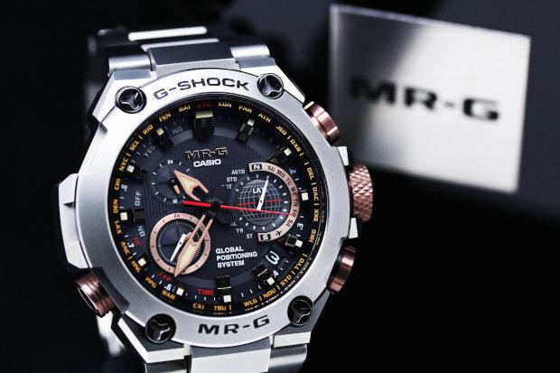 G-SHOCKの最高峰MR-Gシリーズに新色