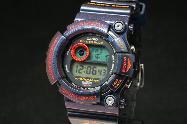 G-SHOCK FROGMAN RARE GW-201-6JF SNAKE KILLER LIMITED EDITION