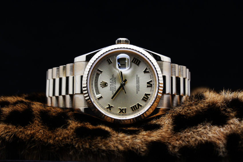 ROLEX DAY-DATE OYSTER PERPETUAL K18YG Ref.118238