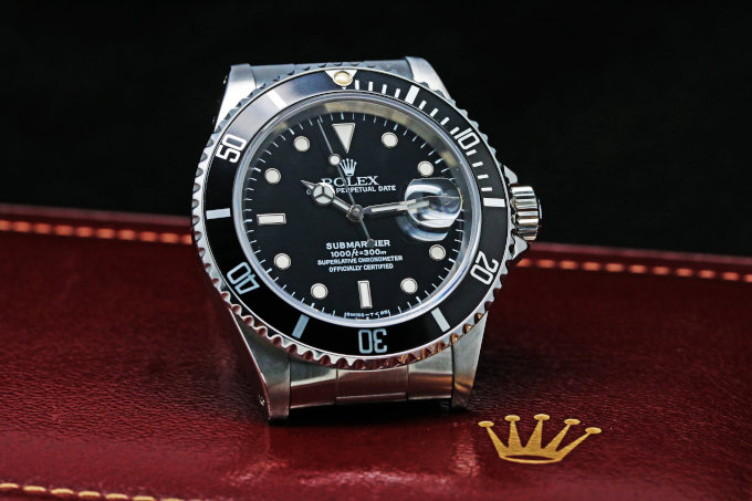 ROLEX SUBMARINER DATE 16610 buy&sell