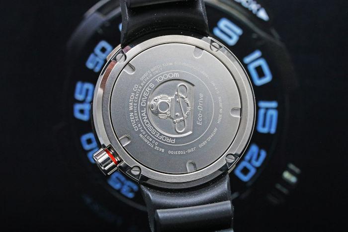 シチズン マリン プロフェッショナルダイバー 1000m防水 エコドライブ ミリタリー アナログ 電波ソーラー
