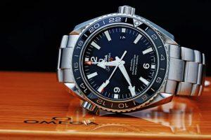 OMEGA Seamaster Professional 600 Planet Ocean GMT 232.30.44.22.01.001
