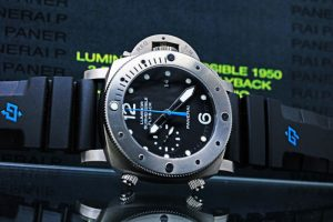 PANERAI Luminor Submersible 1950 3Days Chrono Flyback Automatic Titanio PAM00614