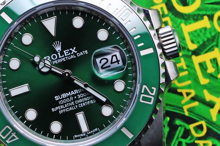 ロレックス サブマリーナ デイト 116610LV グリーン ランダムシリアル 2017年購入