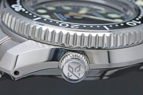 SBDX023 Rotating Bezel with anti-reverse spin function