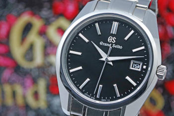 Grand Seiko Heritage Collection  9F Quartz SBGV207