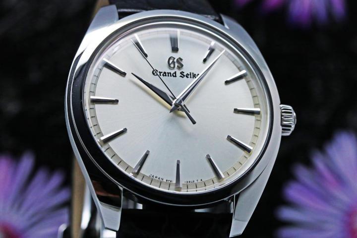 Grand Seiko Quartz Elegance Collection SBGX331