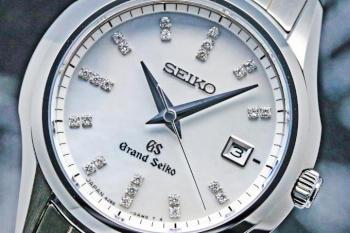 GRAND SEIKO LADIES QUARTZ STGF083 29.5mm
