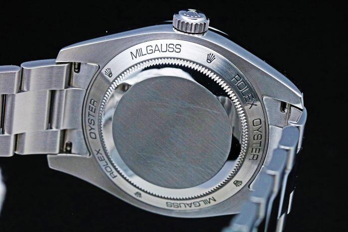 ロレックス ミルガウス 116400 ホワイトダイヤル 2009年頃(V番)自動巻き クロノメーター搭載 保あり
