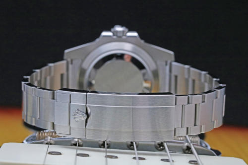 rolex submariner 114060 lug sizes guide