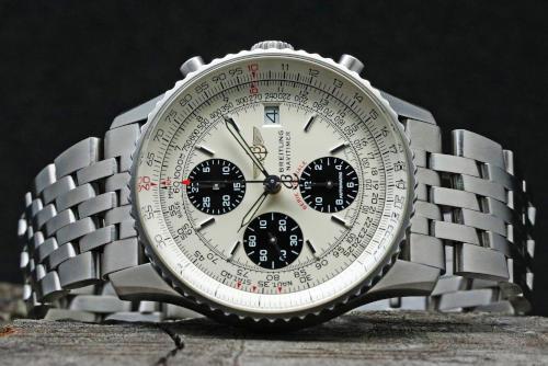 正面部分の画像 ブライトリング ナビタイマー ファイターズ A13330