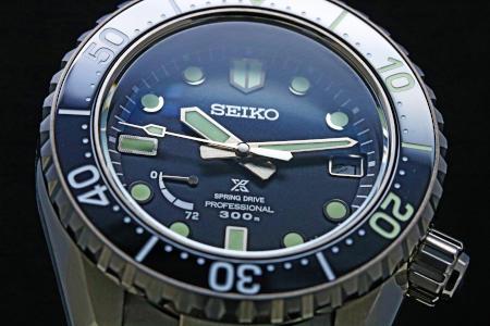 SBDB027 カーブサファイアガラス(内面無反射コーティング)