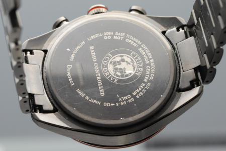 AT8185-62E ケースサイズ 42.0mm